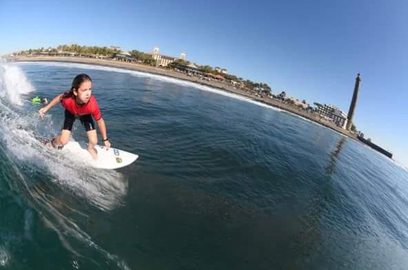 BD Surf School & Shop is located directly on the sandy beach of Playa del Ingles.